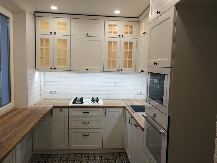 Кухня с МДФ фасадами крашеными