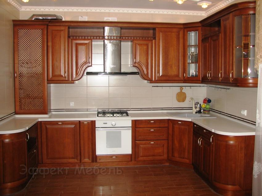 """Кухня """"Сиена"""" с фасадами из дерева"""