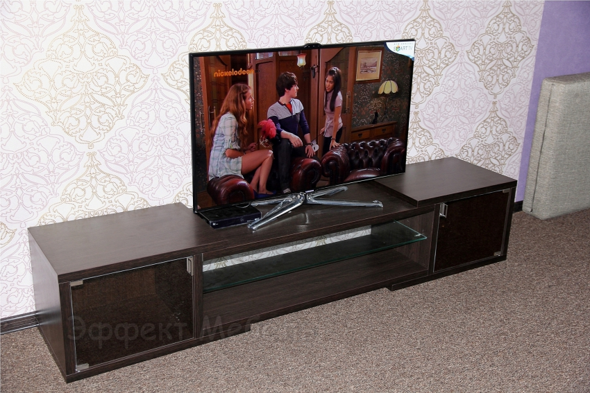 Тумбочка для телевизора из ДСП.