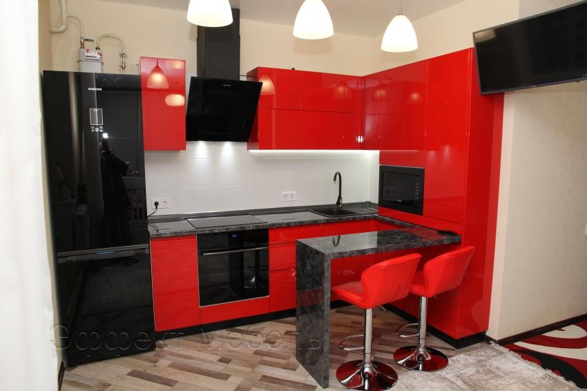 """Кухня """"Меренге"""" с фасадами красный глянец"""