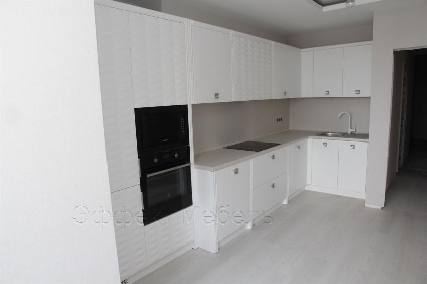 Кухня с 3Д фасадами из МДФ крашенного