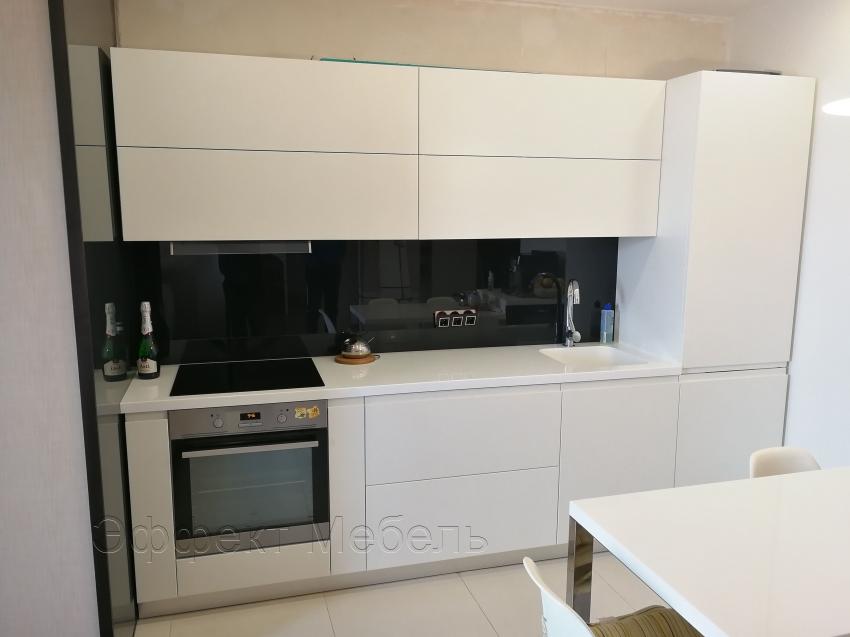 Кухня с крашеными фасадами МДФ