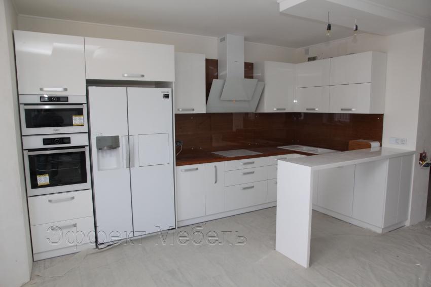 Кухня со столешницей из массива Дуба