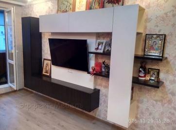Стенка мебельная из ДСП Венге.