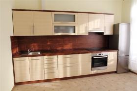 Кухня с МДФ фасадами из ПВХ плёнки