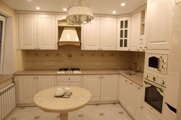 Кухня в классическом стиле. Фасады МДФ крашеный.