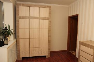 Шкаф в спальне из ДСП EGGER