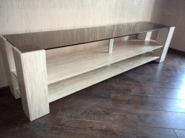 Стол для ТВ техники