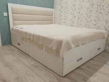 Кровать двухспальная с ящиками