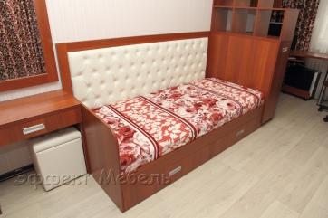Кровать из ДСП с выдвижными ящиками