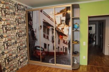 Шкаф купе с фотопечатью на стекле