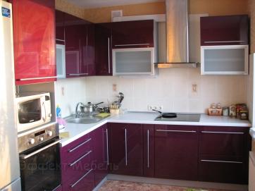 Кухня угловая из МДФ глянец